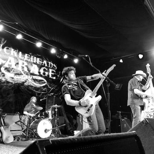 Eskimo Brothers with The Mezcal Brothers-  Rockabilly Throw Down