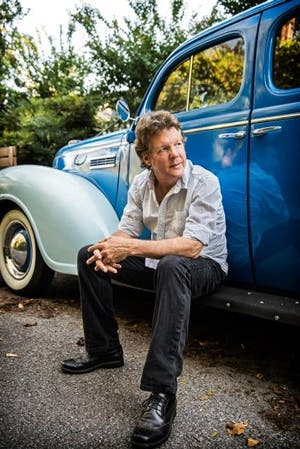 A Song & A Slice (Indoors + Distanced!): Steve Forbert