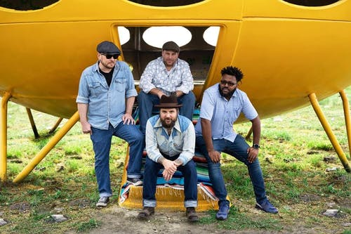 Justin Pickard and The Thunderbird Winos with  Meredith Crawford