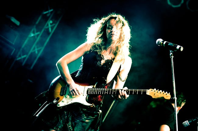 Ana Popovic w/ Mike Zito