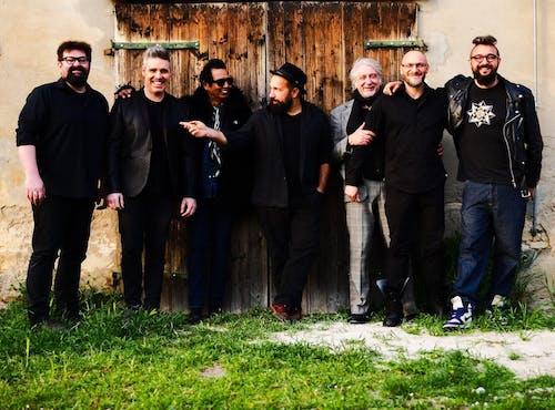 The Crossing Tour - Alejandro Escovedo with Don Antonio (band)