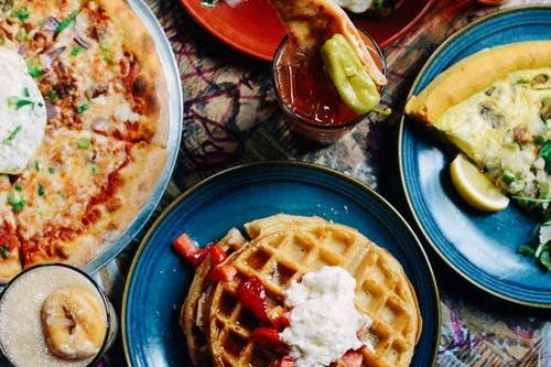 SATURDAY MAY 25: THE COMEDY BRUNCH