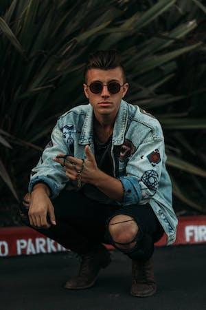 Alex Di Leo, Cody Lovaas