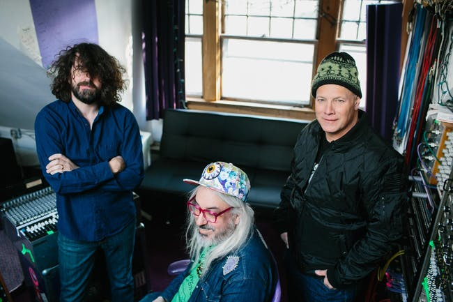Dinosaur Jr. w/ Easy Action