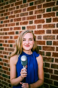 Emma Hetrick featuring the Scott Routenberg Trio
