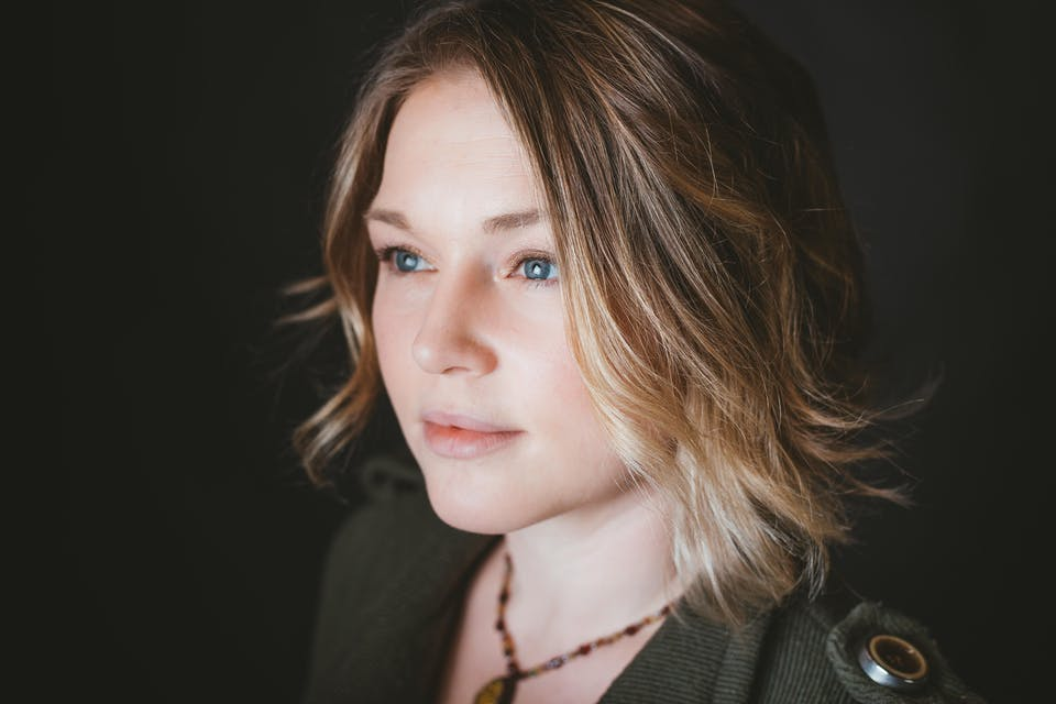 Crystal Bowersox with Whyte Tygers live at The Attic
