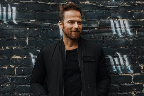 KIP MOORE- ROOM TO SPARE TOUR