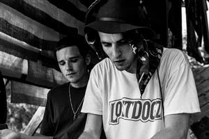 Lost Dogz: Eazybaked, Milano, Vide