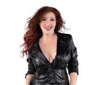 Tiffany 80's pop icon performs in Stage on Herr