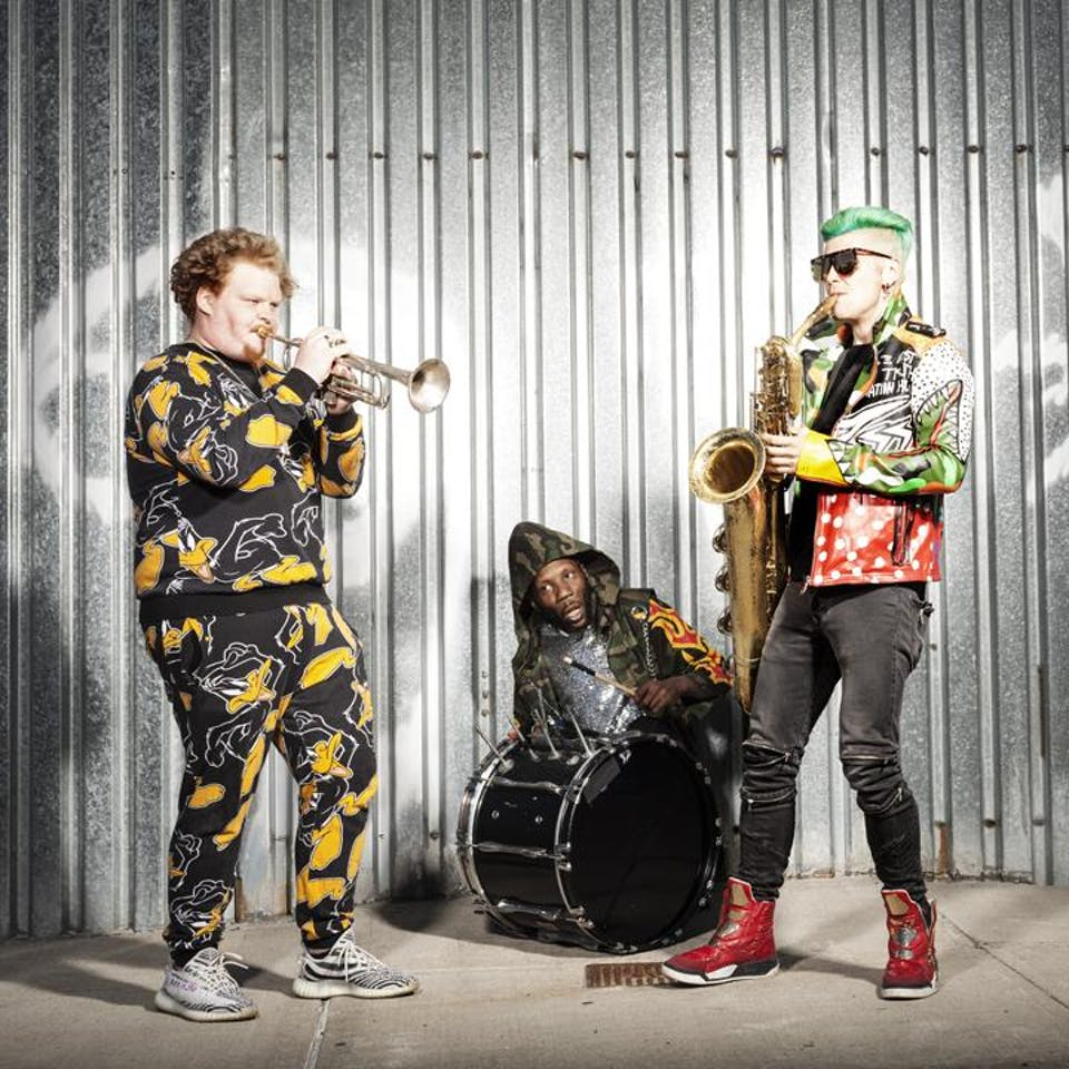 Too Many Zooz w/ Birocratic