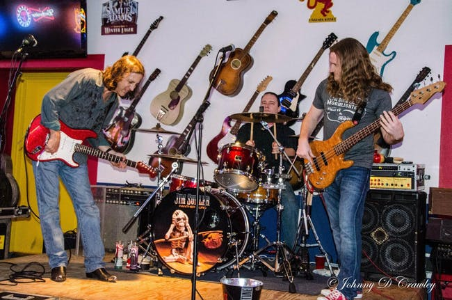 Jim Suhler & The Monkey Beat with Shannon & the Rhythm Kings