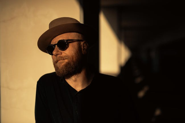"""Mike Doughty Plays Soul Coughing's """"Ruby Vroom"""" - 25 Year Anniver"""