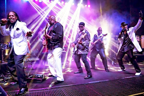 Kalimba's Earth, Wind & Fire Holiday Spectacular