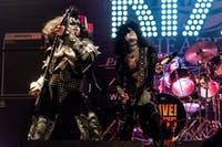 Alive! '75 - the ULTIMATE Classic KISS Tribute
