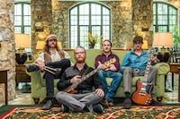 Travers Brothership wsg: Royal Grand Band