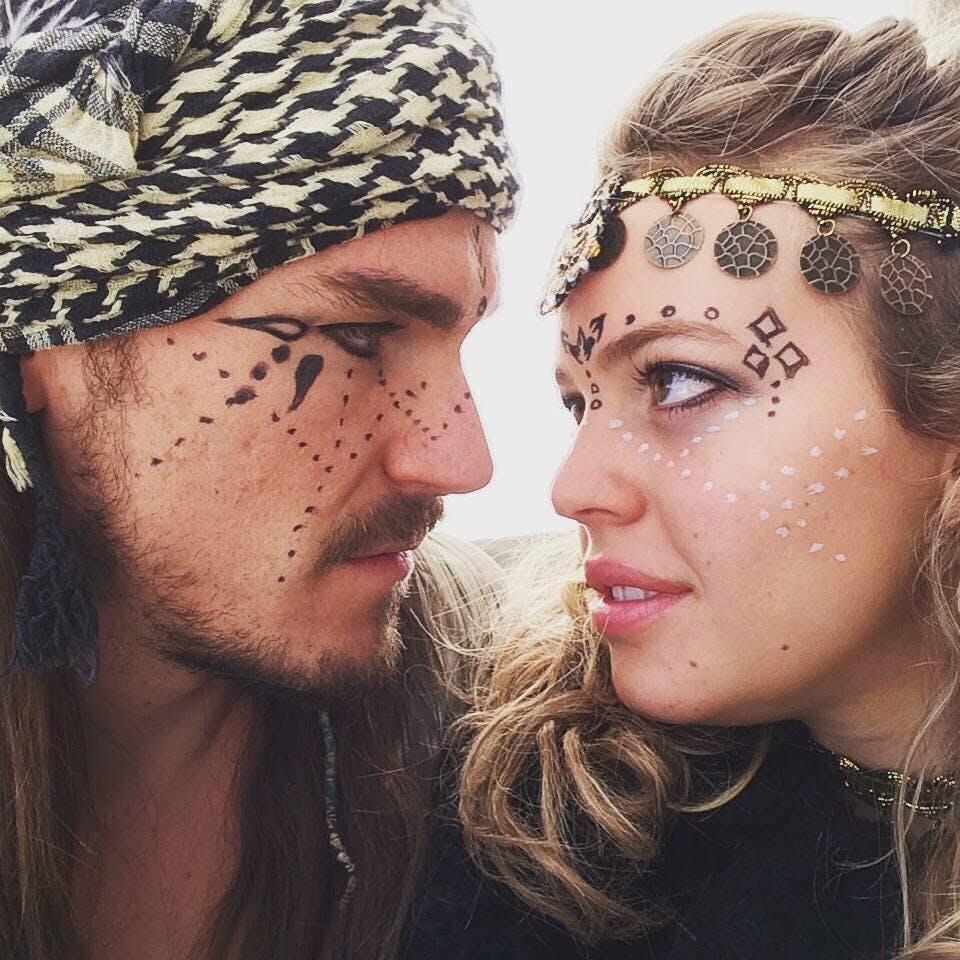Andy Babb & Lara Elle