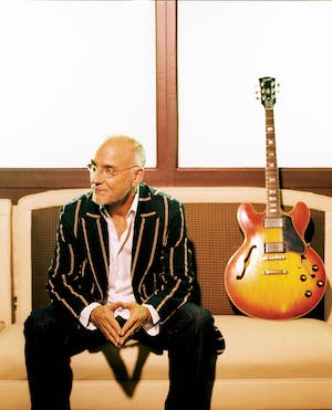 LARRY CARLTON - The Crusaders Remembered