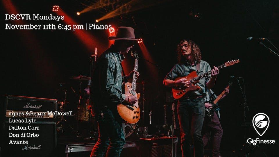 GigFinesse x Pianos Presents: DSCVR Mondays