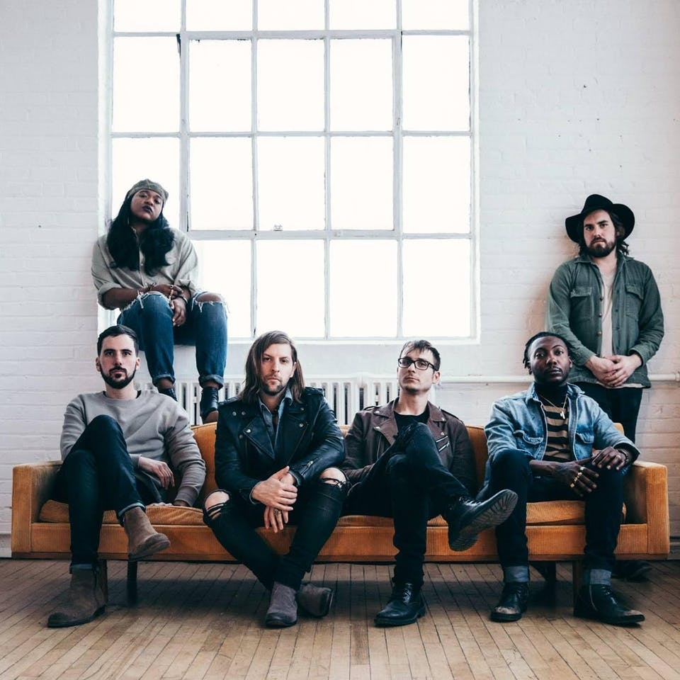 Welshly Arms & The Unlikely Candidates