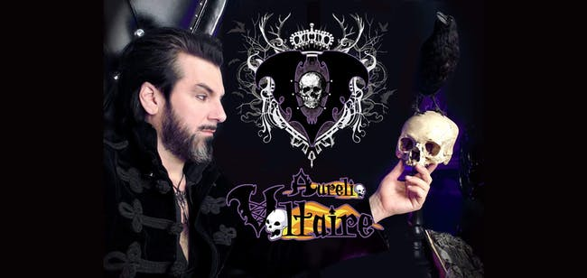 Aurelio Voltaire at El Corazon