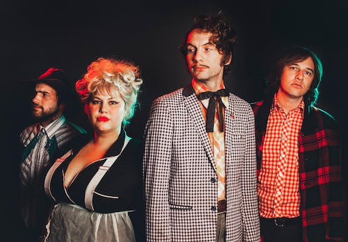 SOLD OUT: Shannon And The Clams