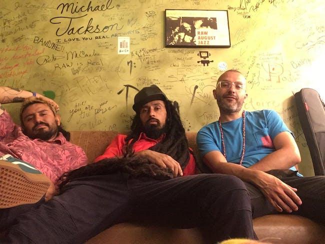 MAKU Soundsystem with SONIDERO Mixteco and Dayansiiita