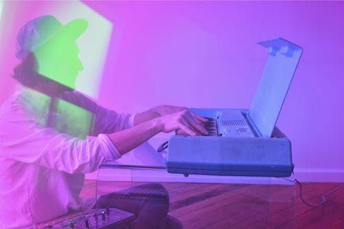 Vacationer~Wavelengths + DJ Mike Wallace