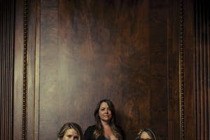 DELLA MAE with Maya DeVitry (formerly of The Stray Birds)
