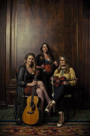 "DELLA MAE ""an early evening with"" [Rescheduled 3/26/22]"