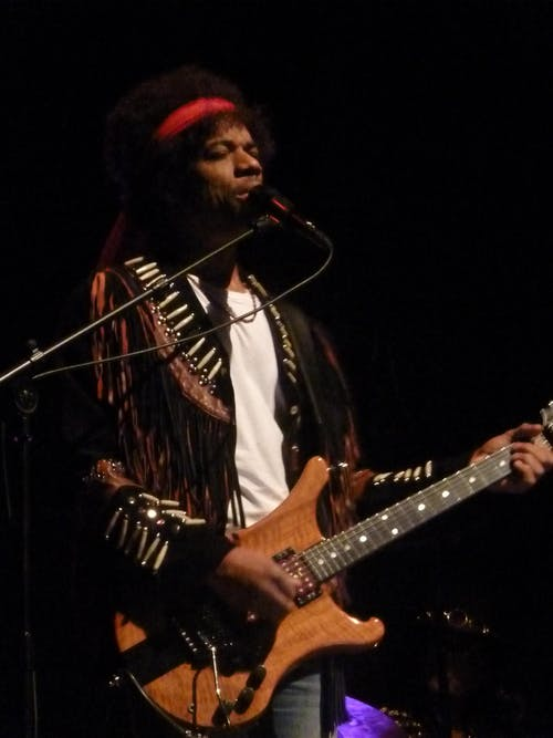 Stanley Jordan Plays Jimi, The Real Stills