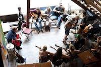 Folk & Blues Jam with Pete de Vitry