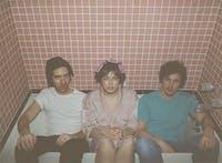 JACKIE, pushflowers, Gap Teeth