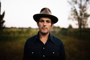 Gregory Alan Isakov with Che Apalache- Night 1
