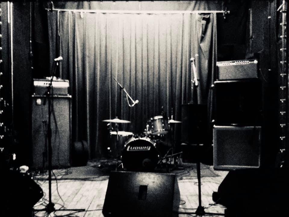 Dead Stars (album release) w/ Desert Sharks / Living Room