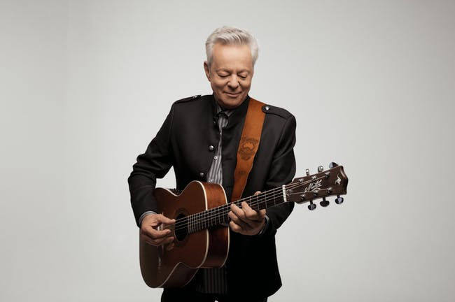 Tommy Emmanuel, CGP with very special guest Sean Rowe