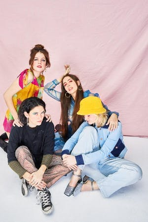 Hinds - The Prettiest Curse Tour
